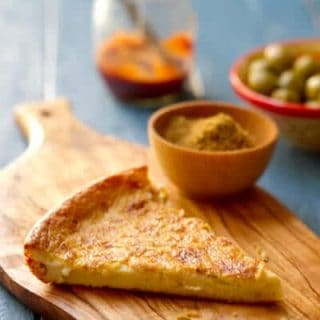 Vegetarian, gluten free no knead Moroccan flat bread is moist and delicious as a side dish or an appetizer that everyone will love.
