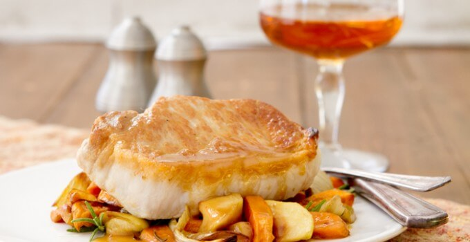 Pork Chops with Sweet potatoes, apples and fennel