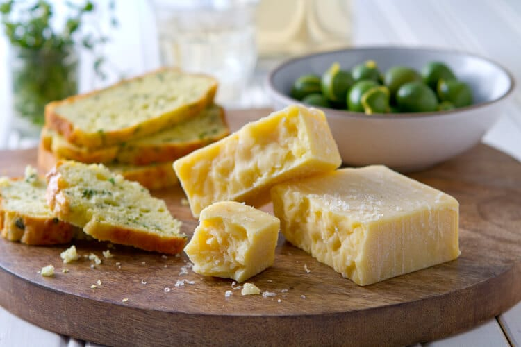 Dubliner Cheese and herb quick bread appetizer platter