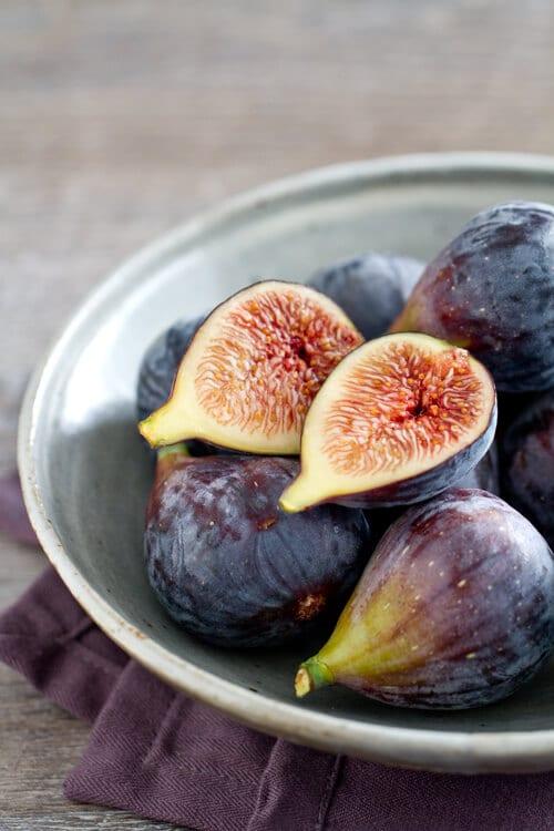 fresh black mission figs