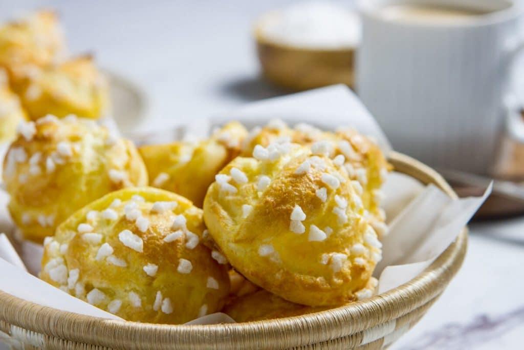 French sugar puffs