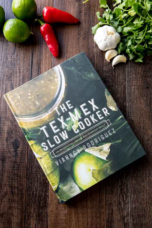 Tex mex slow cooker cookbook with recipes for tex mex food.