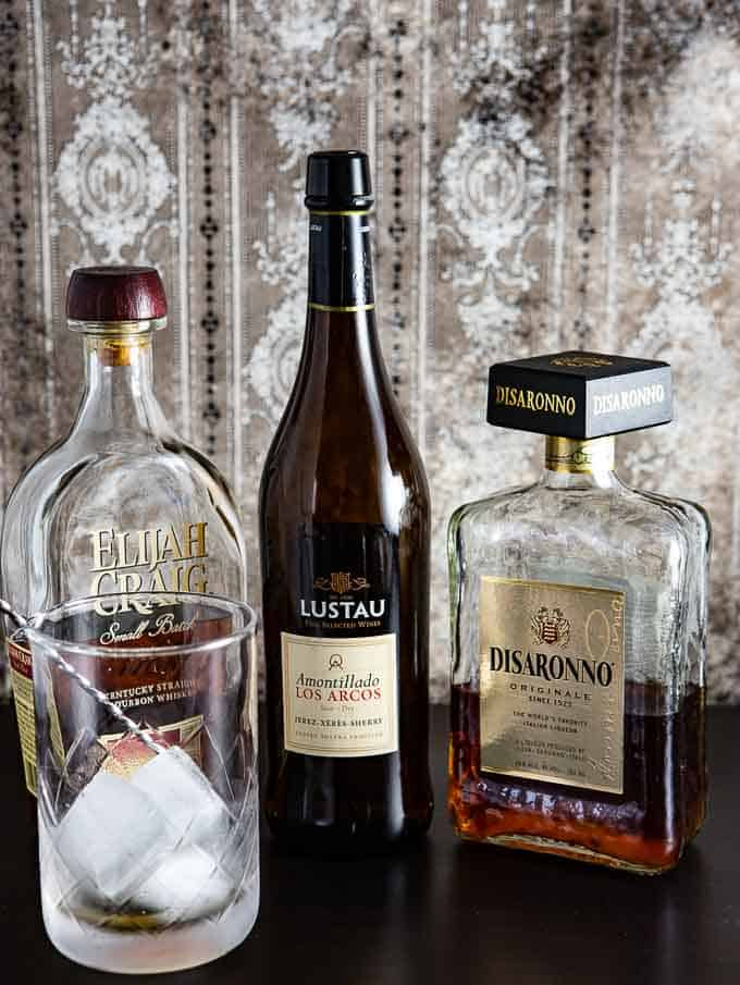 ingredients for the amaretto cocktail
